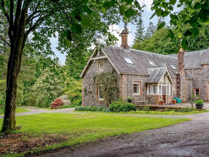 Barwhillanty Estate - Stables House