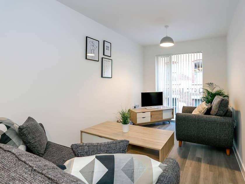 Halo House - Apartment 17