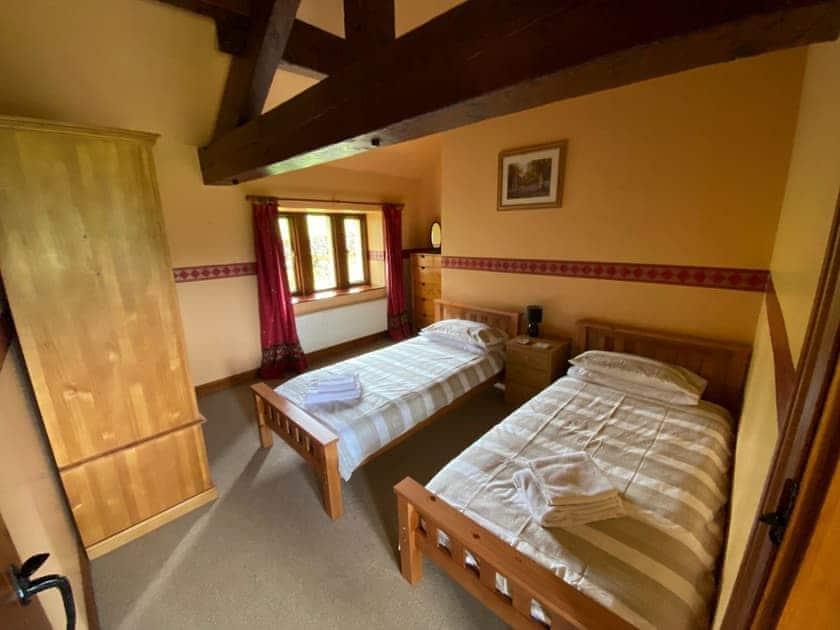 Twin bedroom   Lane House, Threshfield near Grassington
