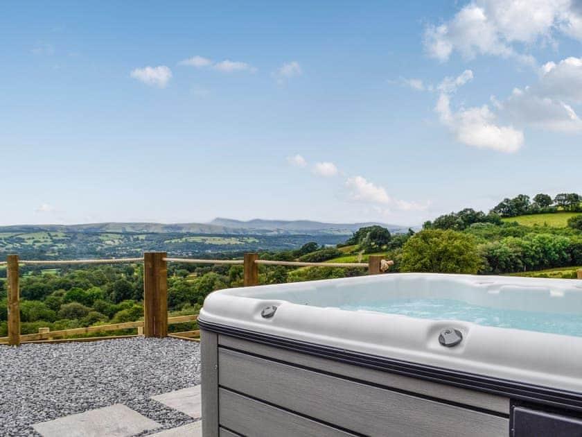 Bwlchmaenllwyd Farm Holiday - Valley View