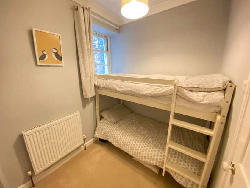 Bunk bedroom | Riverdene, Higher Street