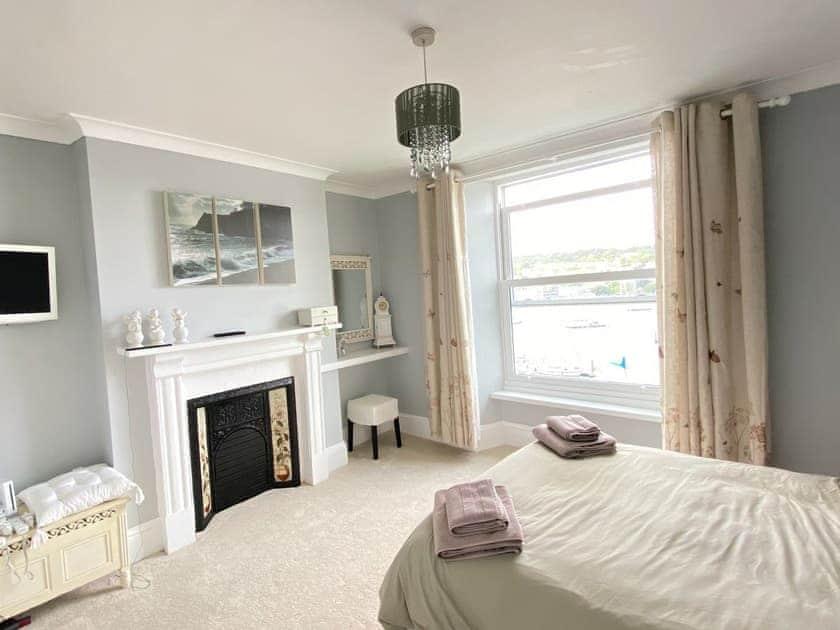 Double bedroom | Riverdene, Higher Street
