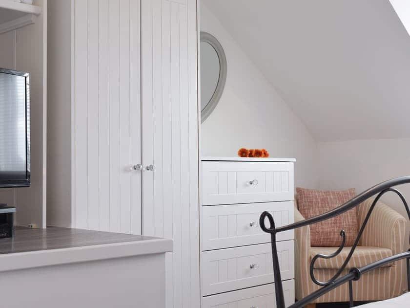 Master bedroom | Sleepers, Oakwood Close