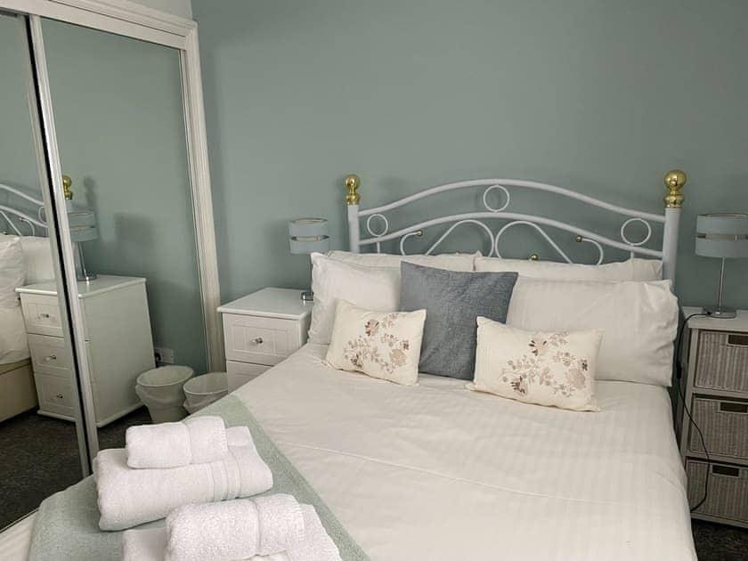 Family bedroom | Sleepers, Oakwood Close