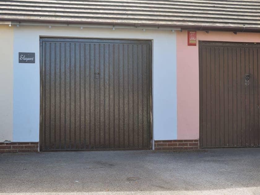 Parking | Sleepers, Oakwood Close