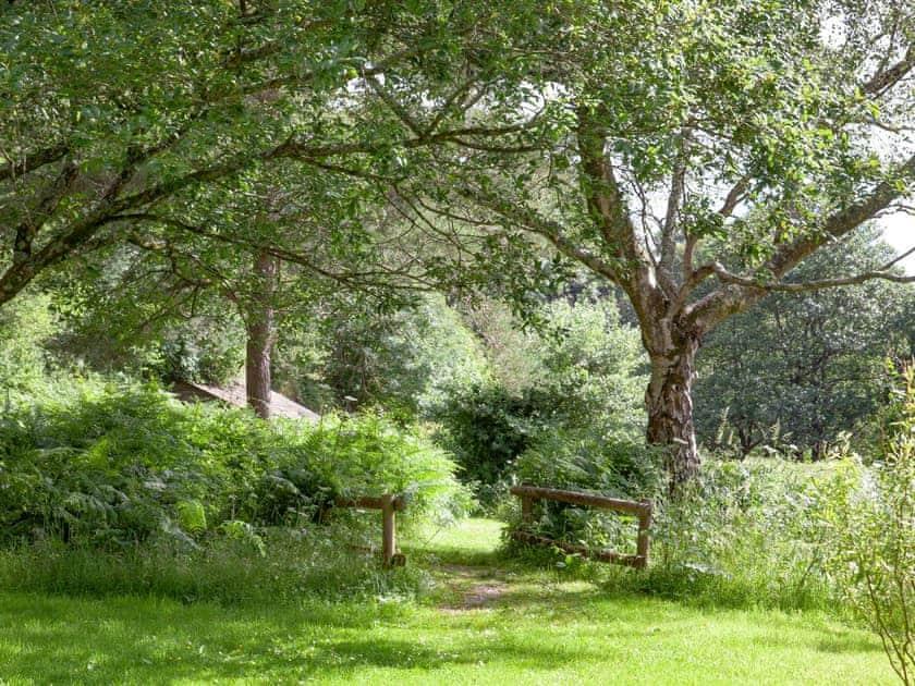 Garden and grounds | Tuckenhay Mill, Bow Creek, between Dartmouth and Totnes