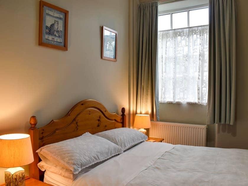 Double bedroom   Hallams Yard, Skipton