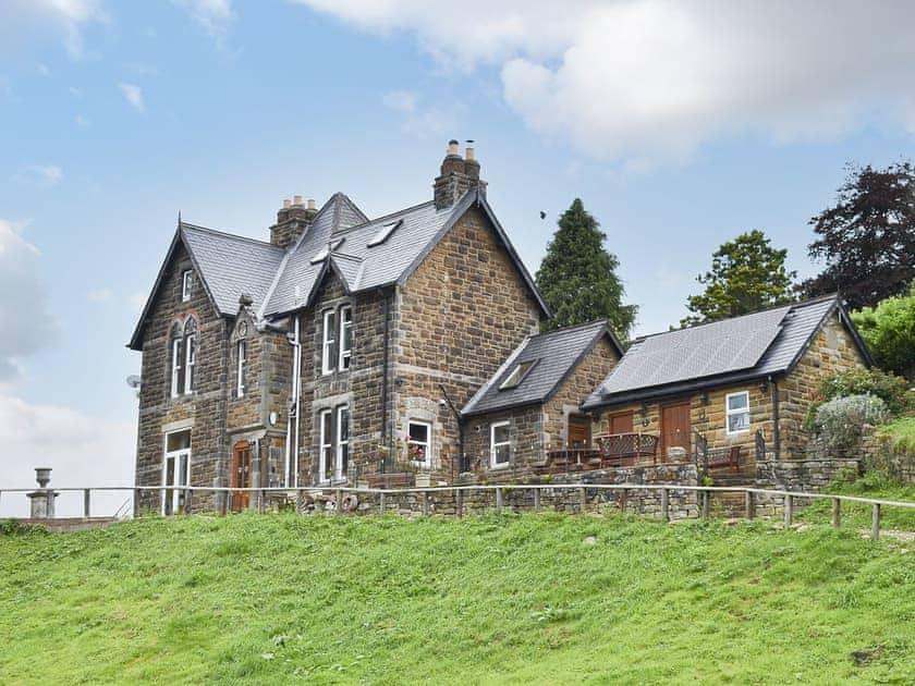 Grosmont Villa