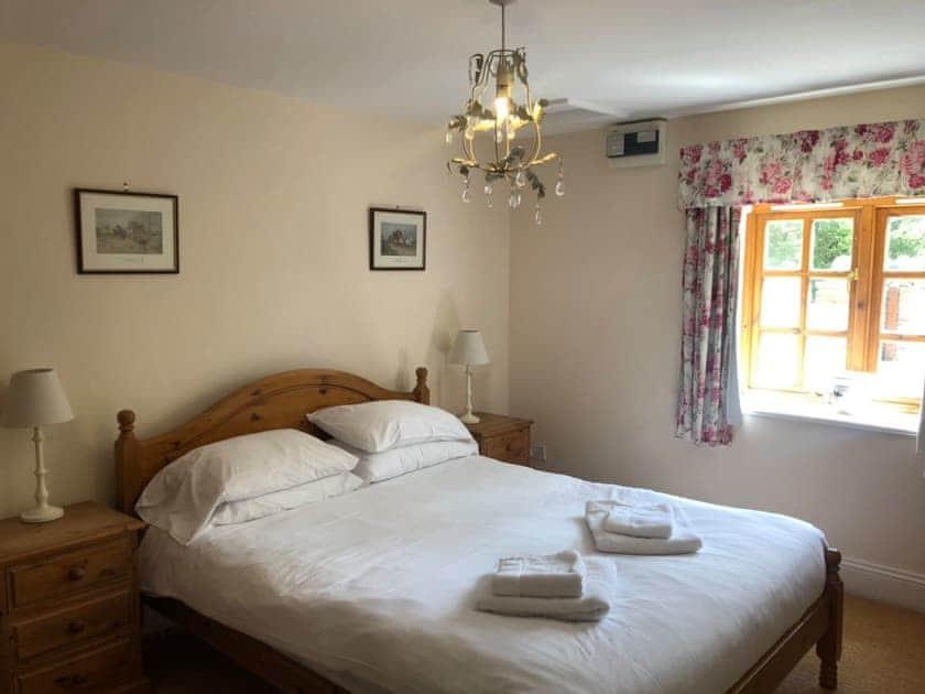 Double bedroom   Elm Tree Cottage, Little Barugh, near Pickering