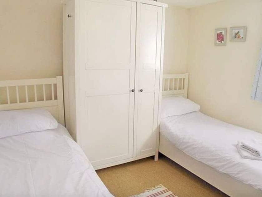 Twin bedroom | Mulberry Hayloft, Little Barugh, near Pickering