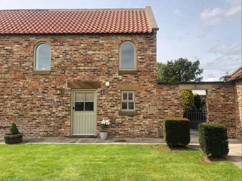 Exterior | Mulberry Hayloft, Little Barugh, near Pickering