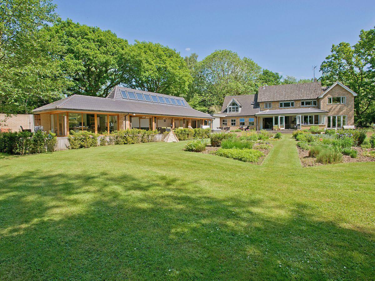 Holiday Cottages in Norfolk: Sandalls Marsh, Saxlingham Thorpe   cottages.com