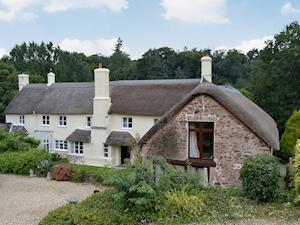 Grooms Lodge