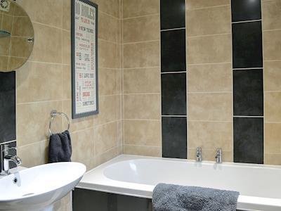 Contemporary bathroom | Housemartins Cottage, Haxby near York