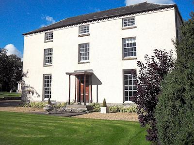 Exterior | Hindwell Farmhouse, Walton near Presteigne