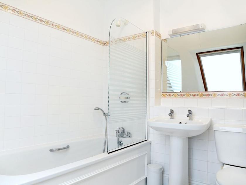 Bathroom | Turbine Cottage - Tuckenhay Mill, Bow Creek, between Dartmouth and Totnes