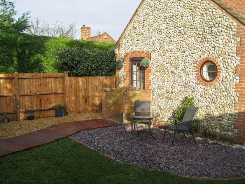 Garden | Puddleduck Cottage, Thorpe Market