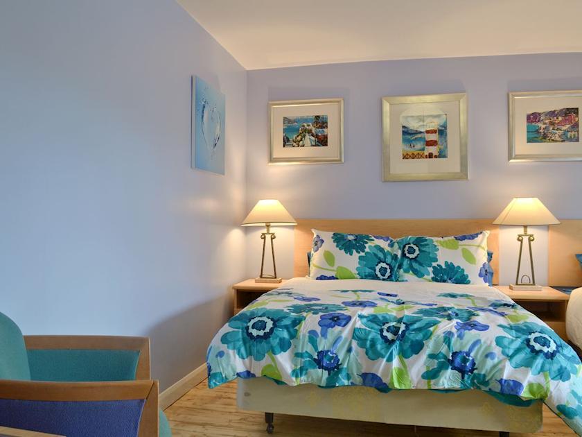Contemporary twin bedroom | Hillcrest House, Brown Edge, near Leek