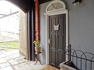 Silk Moth Cottage