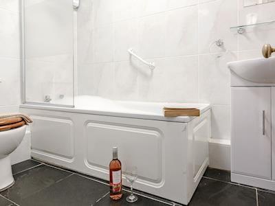 Bathroom | Ashcombe - Endeavour, Ashcombe, nr. Dawlish