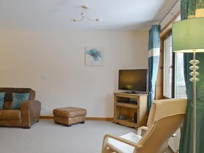 TV area of lounge | Glen View, Balnain near Drumnadrochit