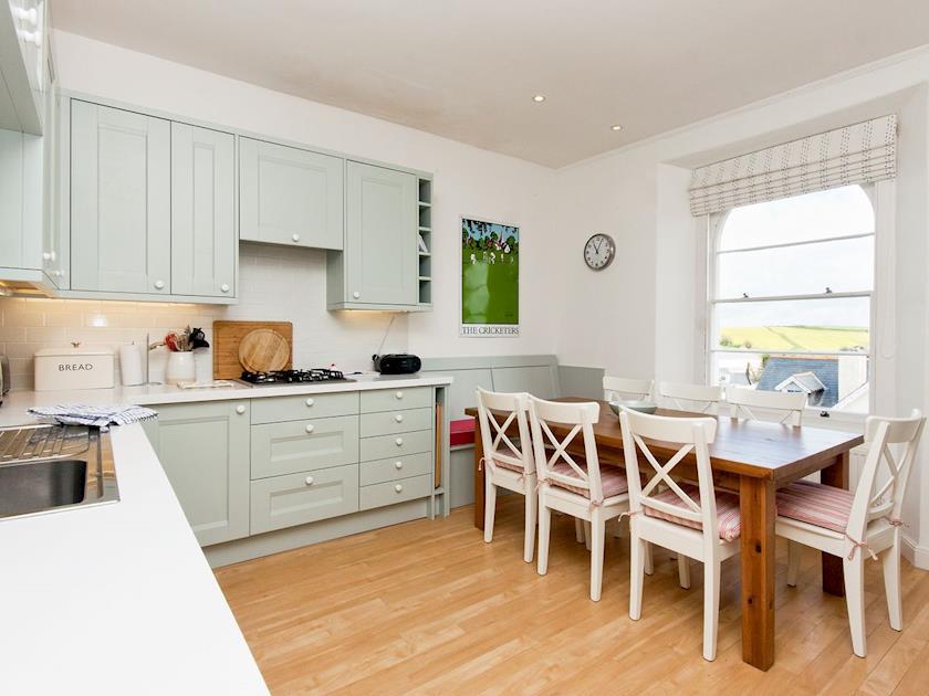 Spacious kitchen/diner | Muffins, Salcombe