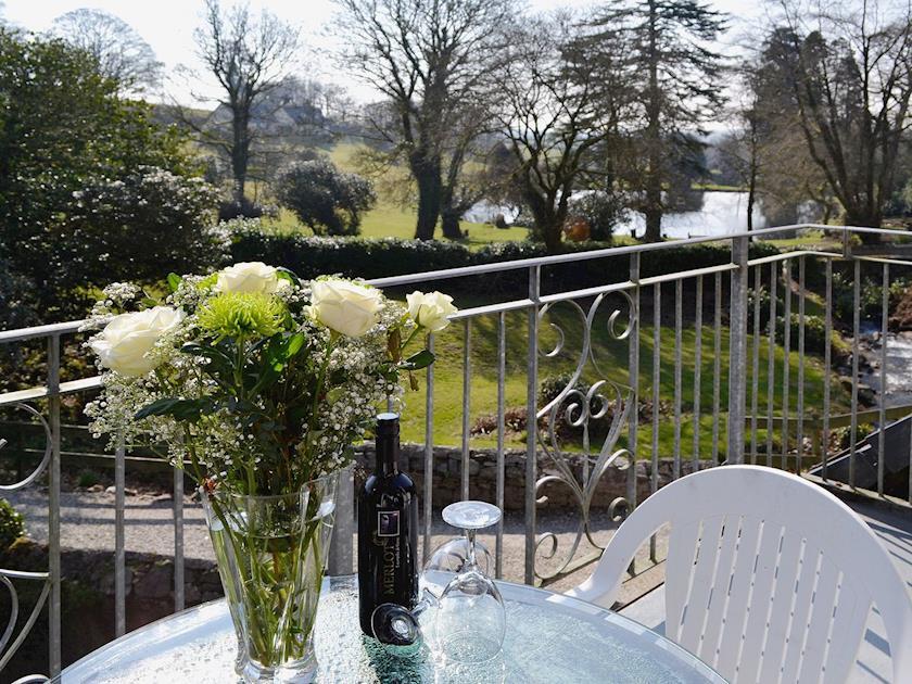 Balcony | River View Cottage - Rosecraddoc Manor, Liskeard