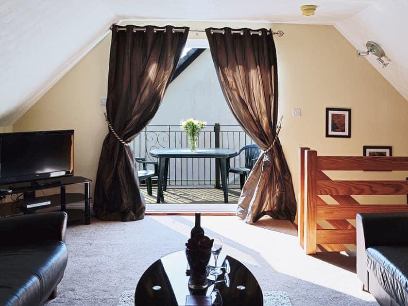 Living room | Lake View Cottage - Rosecraddoc Manor, Liskeard