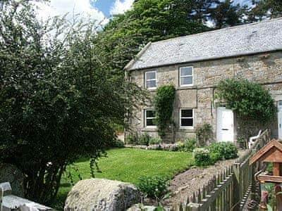 Whitelee Farm - Oak Cottage, Byrness Village, nr. Otterburn