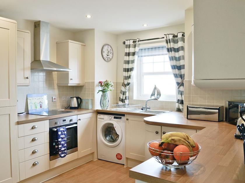 Well equipped kitchen   Harbour Retreat, Garlieston