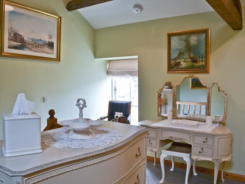 Double bedroom with dresser | South View Mews, Romaldkirk, near Barnard Castle