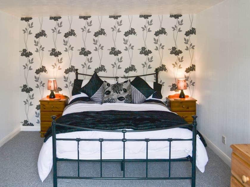 Comfortable double bedroom   Banovallum Cottage, Horncastle