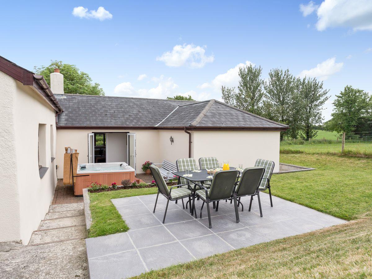 Knowle Farm Cottage