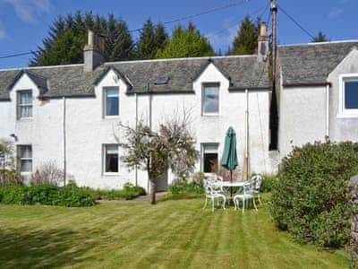 Exterior with garden  | Sunnyside, Kirkmichael, near Pitlochry