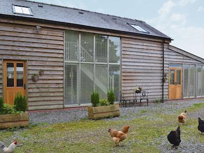 Tastefully renovated, detached barn conversion | Caely Barn, near Llandrindod Wells