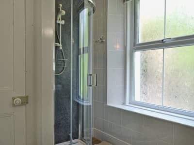 Shower room   Howe Bridge House, near Portinscale