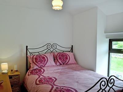 Comfortable double bedroom | Tir Onen, near Penderyn