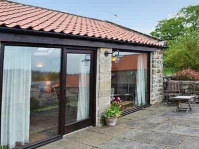Exterior | Maddy Cart House - Maddy House Farm, near Castleton