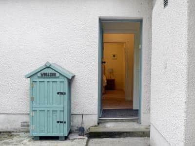 Exterior | Fernwoodlea - Old Inzievar Cottages, Oakley, near Dunfermline