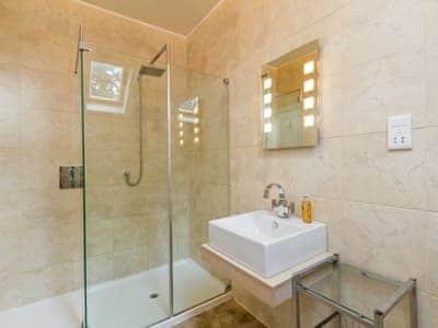 Shower room | Dunlorn, Kingussie