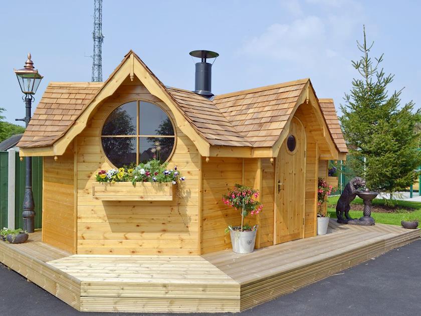 Luxurious BBQ hut | Hillcrest House, Brown Edge, near Leek