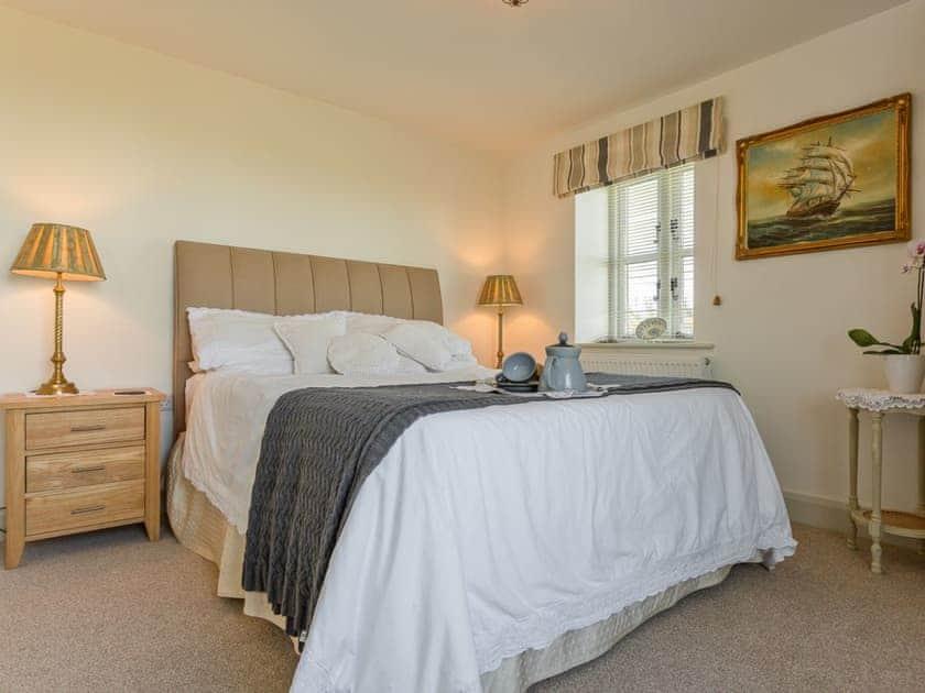 Pretty double bedroom | The Rocket House, Hartland Quay, near Hartland, Bideford