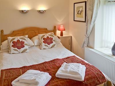 Comfortable second double bedroom | Haystore, Biggin by Hartington, near Buxton