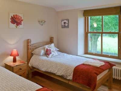 Spacious twin bedroom | The Farmhouse, Biggin by Hartington, near Buxton