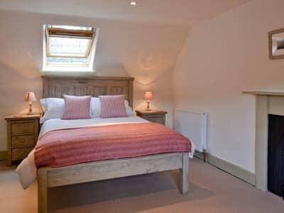 Double bedroom | Over Blairish Cottage, Keltneyburn, near Aberfeldy