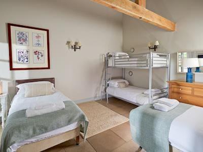 Twin bedroom with bunk beds | Greenwood Grange Cottages - Henchard, Higher Bockhampton, near Dorchester