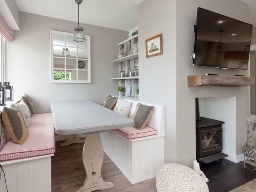 Cosy dining area | Rockmount 1, Salcombe