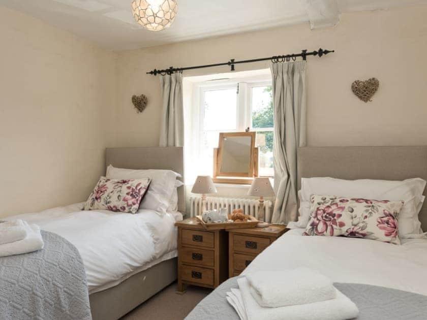 Twin bedroom | Three Horseshoes House, Scottow, near North Walsham