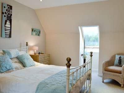 Cosy double bedroom | Lia Fail, Ballachulish, near Fort William