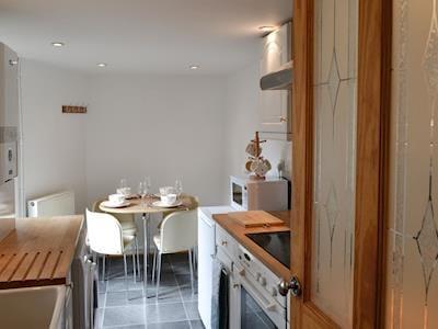 Kitchen & dining area | Cobblers Cottage, Pateley Bridge